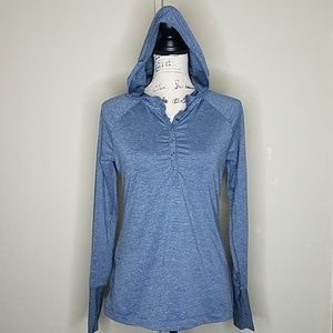 Eddie Bauer size small hooded long sleeve t-shirt